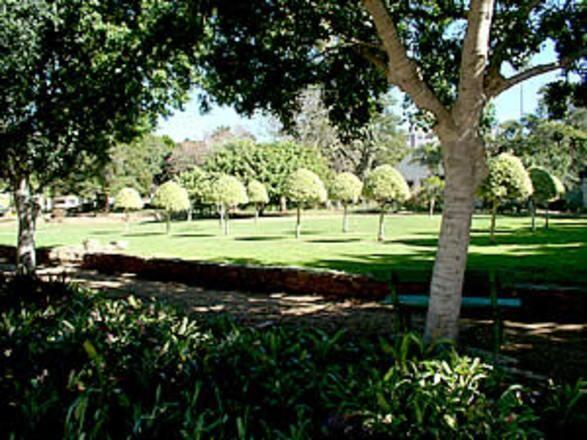 Park Place Tourist Accommodation Port Elizabeth Eastern Cape Netpages